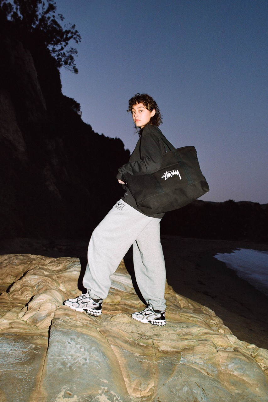 STUSSY×Nike releasing on March 27th.