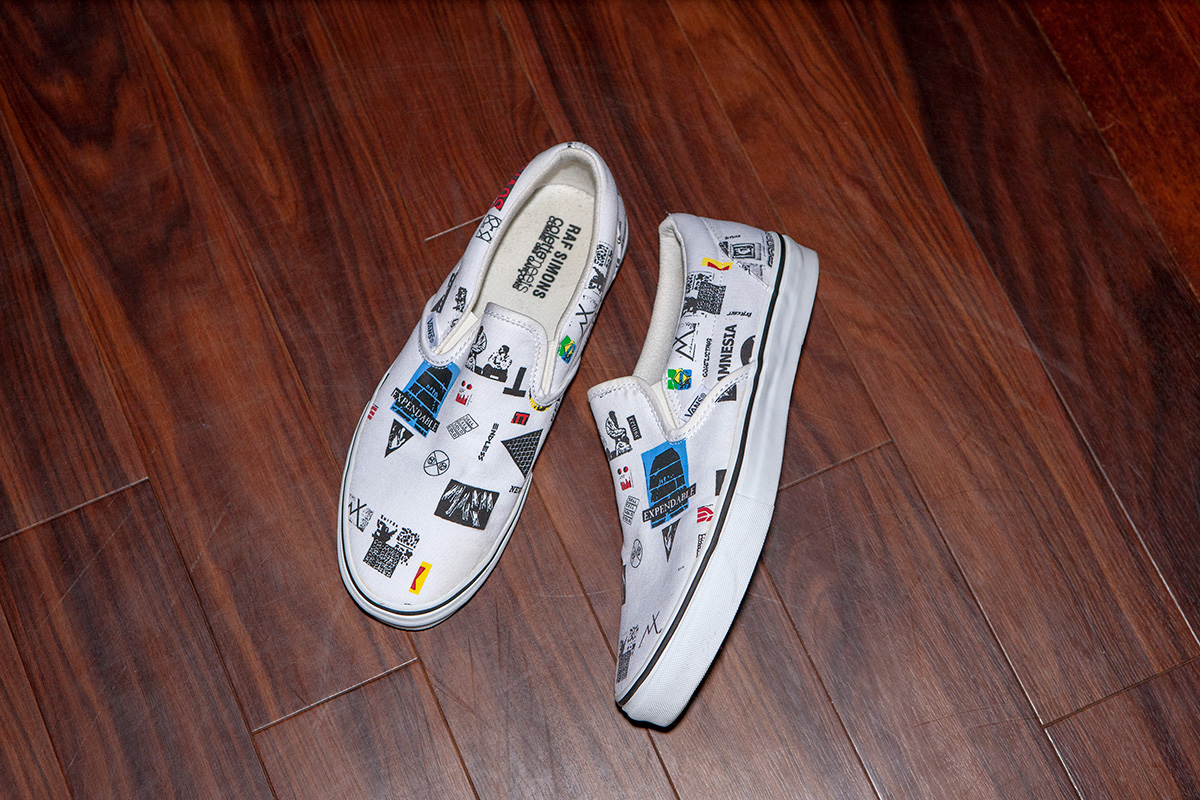 The slip-on Vans that collaborated with RAF SIMONS,COMME des GARÇONS,Colette