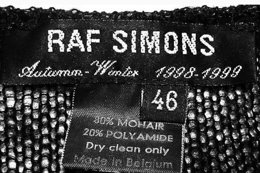 The spirit of the 'Archive', unraveled from the work of RAF SIMONS. - Interview with RAF SIMONS ARCHIVES